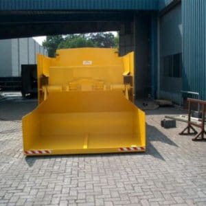 Compactor with Shovel Loading System